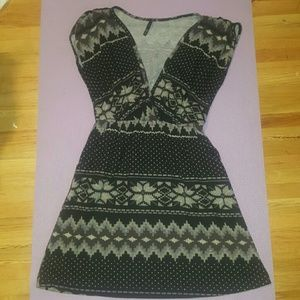 Pattern dress with pockets